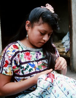 Rosario_child_embroidery